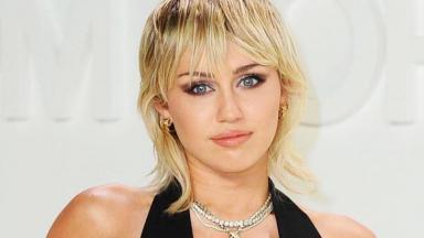 Miley Cyrus loira