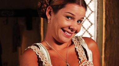 Fernanda Souza como a personagem Mirna