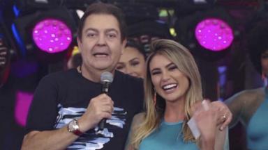 Fausto Silva e Natacha Horana no Domingão do Faustão