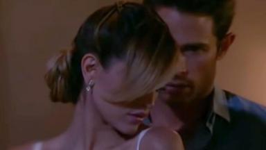 Nikki e Francisco em clima de romance