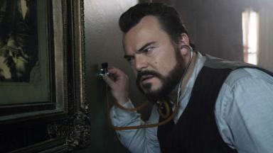 Personagem de Jack Black com estetoscópio