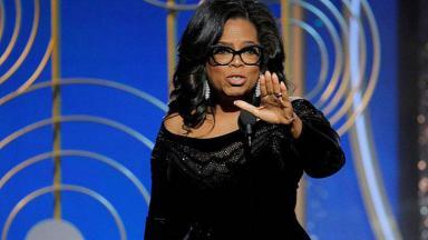 Oprah Winfrey gesticulando