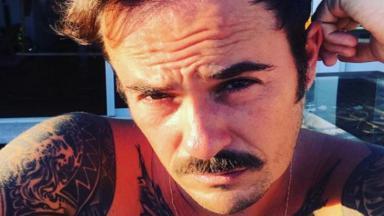 O ator Paulo Vilhena falou sobre isolamento em casa por conta do coronavírus