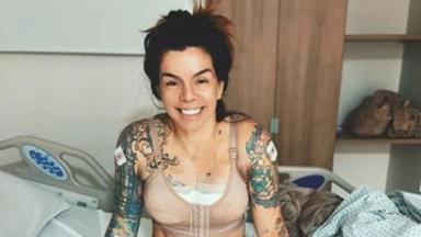 Penélope Nova na cama de cirurgia