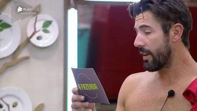 Sandro faz anúncio para os peões