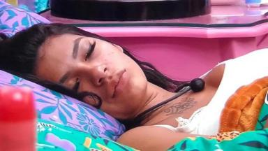 Pocah dormindo no BBB21