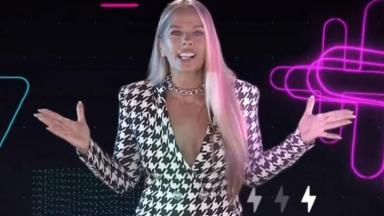 Adriane Galisteu apresenta o Power Couple Brasil
