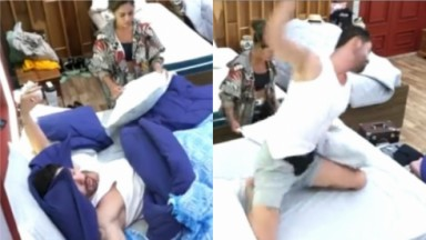 Rico Melquiades estava deitado e depois surta jogando fronhas no chão do quarto de A Fazenda 2021