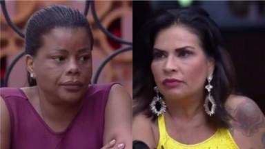 Tati Quebra Barraco e Solange Gomes conversam na cozinha de A Fazenda 2021