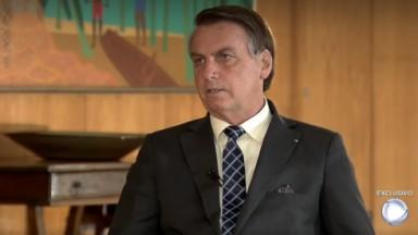 Bolsonaro durante entrevista exclusiva para Record