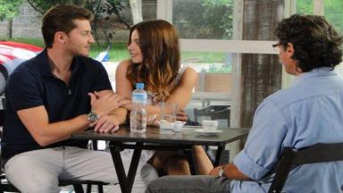Renato observa intimidade entre Alice e João