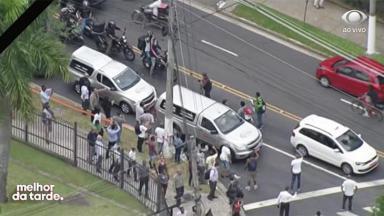 Corpo de Ricardo Boechat sendo levado ao crematório