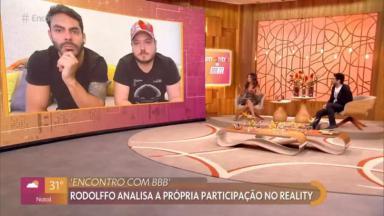"""A dupla Israel e Rodolffo aparecem em telão no programa """"Encontro com Fátima Bernardes"""""""