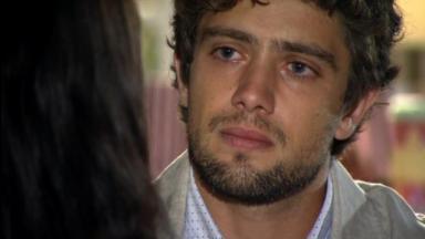 Rodrigo emocionado em A Vida da Gente