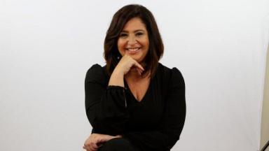 Rosângela Lara posada para foto