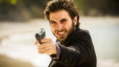 Fiuk em cena da novela A Força do Querer, em reprise na Globo