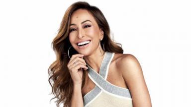 Sabrina Sato sorrindo