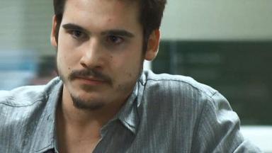 O ator Nicolas Prattes