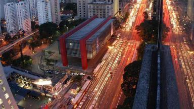Não se trata de mais um feriado nacional, porém, é como se fosse. Uma vez que é o aniversário da mais importante cidade do Brasil ao menos para o Mercado Publicitário: a cidade de São Paulo.