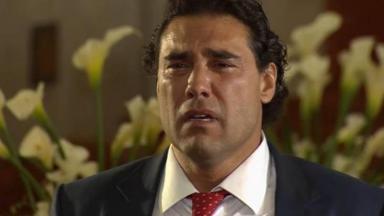 Cena de Amores Verdadeiros com Jose Angelo chorando