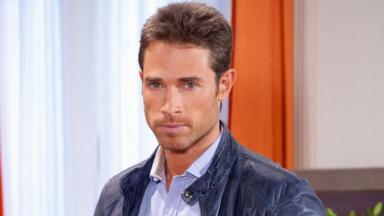 Sebastian Rulli como Francisco