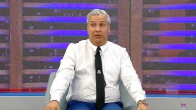 Sikêra Jr durante o programa Luciana By Night na RedeTV