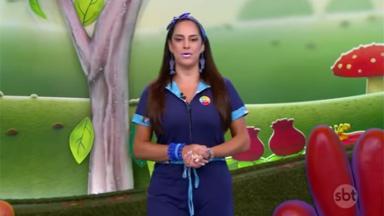 Silvia Abravanel com uniforme do SBT