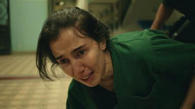Marjorie Estiano como Carolina