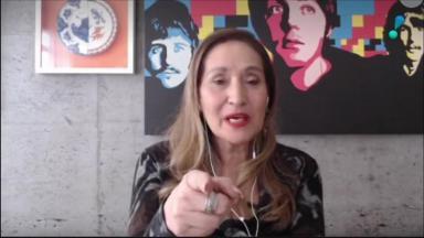 Sônia Abrão no A Tarde é Sua por videochamada