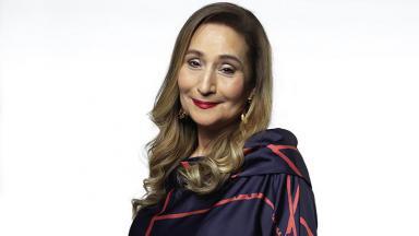Sônia Abrão em foto de divulgação da RedeTV!