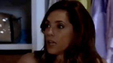 Foto da cena em que Tereza Cristina descobre segredo de Crô