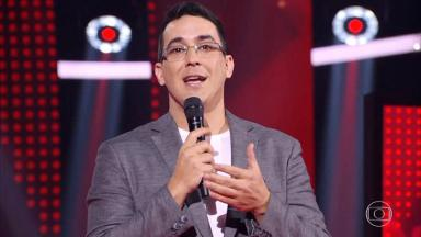 André Marques no palco do The Voice Kids