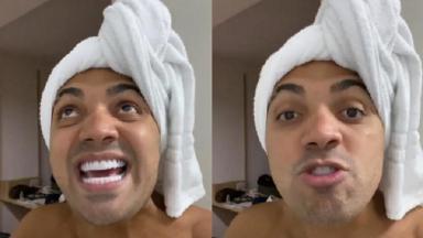 Tirullipa está em seu banheiro e com toalha na cabeça