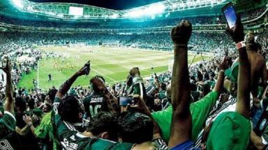 Torcida do Palmeiras no estádio