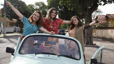 Maisa Silva, Klara Castanho e Mel Maia