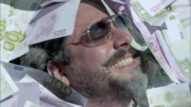 José Alfredo coberto por cédulas