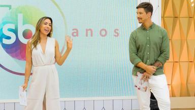 Gabriel Cartolano e Patrícia Abravanel no Vem pra Cá