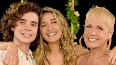 João Figueiredo ao lado de Sasha e Xuxa