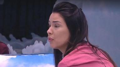 Ivy desabafa e pede para Marcela ficar no jogo