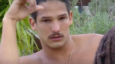 João Zoli chora por saída de Gabi