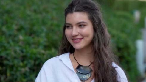 Alanis Guillen