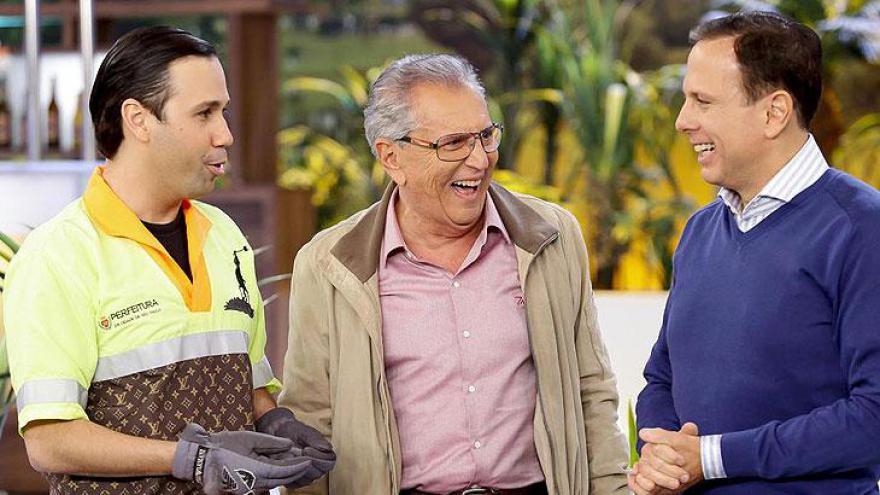 Carlos Alberto recebe o Prefeito João Dória na Praça é Nossa