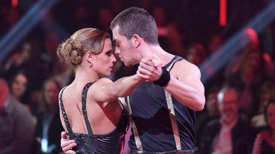 Sob o comando de Xuxa, Grande final do Dancing Brasil teve crescimento de 40% em relação a estreia.