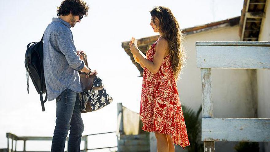 Ruy se desespera quando Ritinha revela que está grávida
