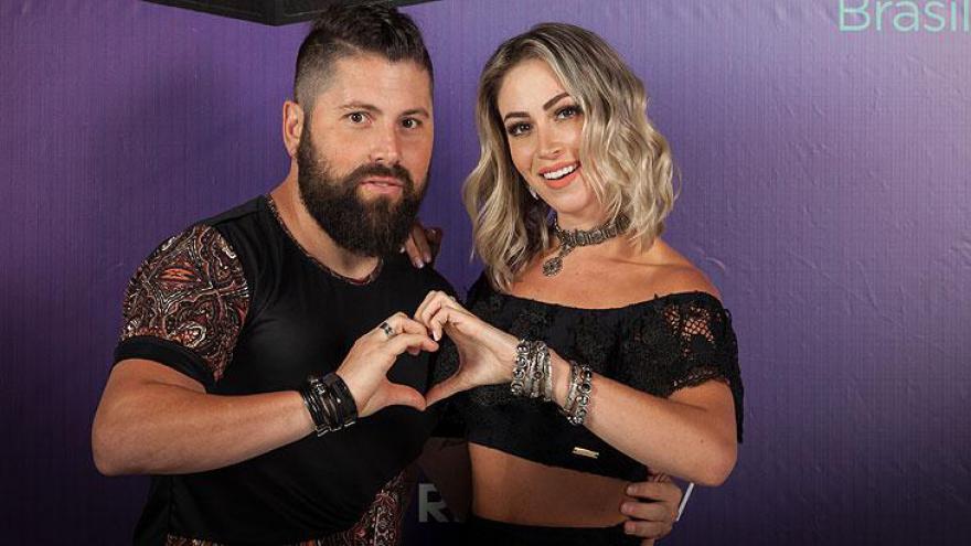 Carol Narizinho (ex-Panicat) e Matheus Boeira