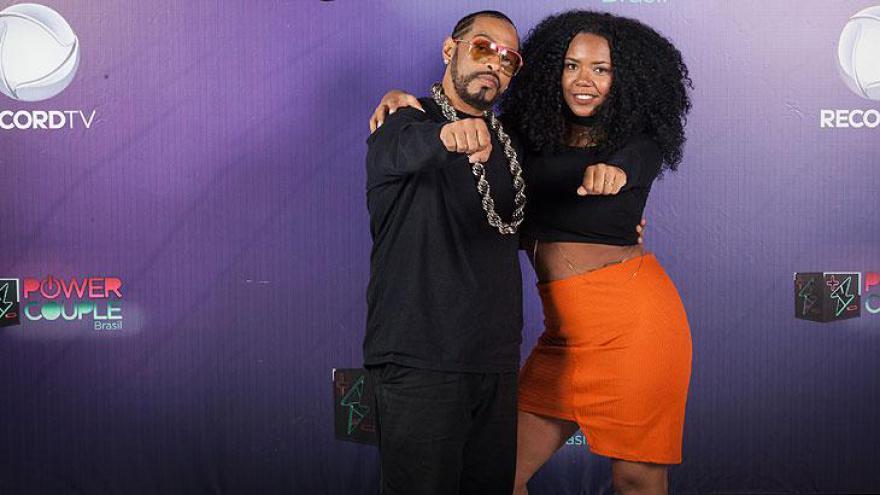 Thaíde (rapper e apresentador) e Ana Paula