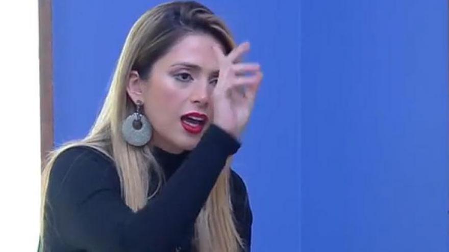 Nadja discute com Ana Paula em retorno
