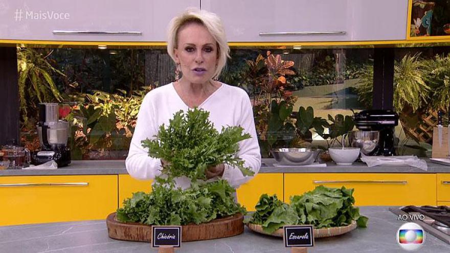 Dona Joana ganhou um cesta lotada da verdura, que vai afastá-la por uma semana dos hortifrutis