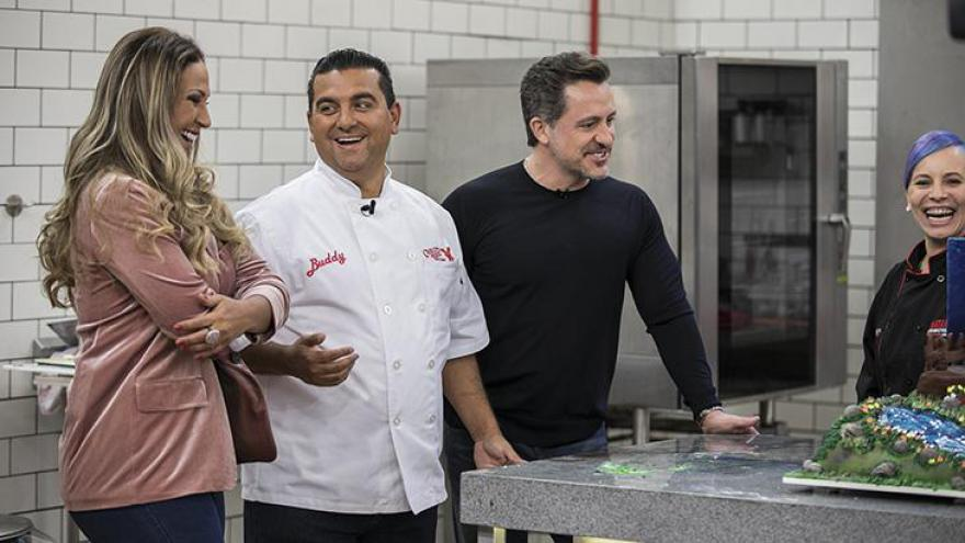 Valesca Popozuda e Rick Bonadio participam do primeiro episódio