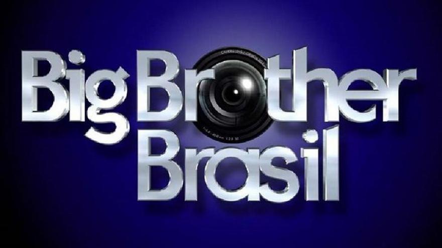 Big Brother Brasil estreou em 2002 na Globo e sua primeira edição é reapresentada pelo Canal Viva